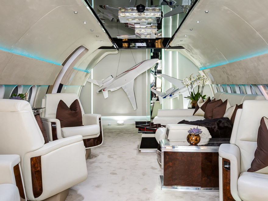 showroom design and build for The Jet Business