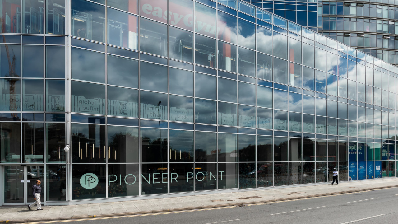 OFFICE-DESIGN-FOR-PioneerPoint-_3840x2160_acf_cropped
