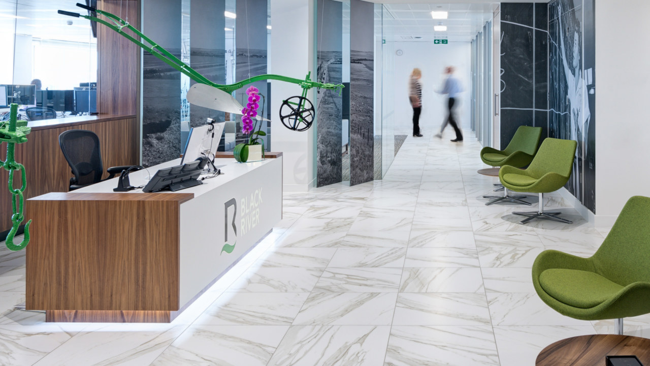 office-design-for-BlackRiver03_3840x2160_acf_cropped