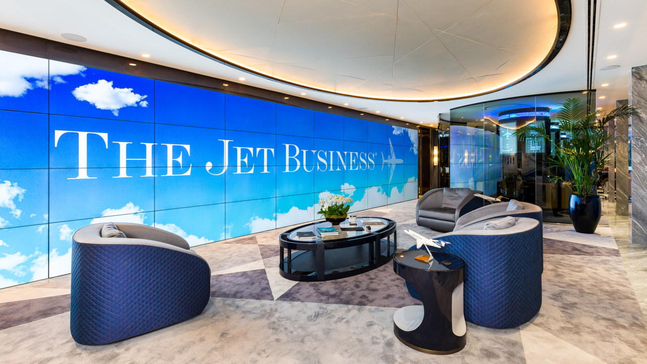 JetBusiness-22-HighRes_3840x2160_acf_cropped