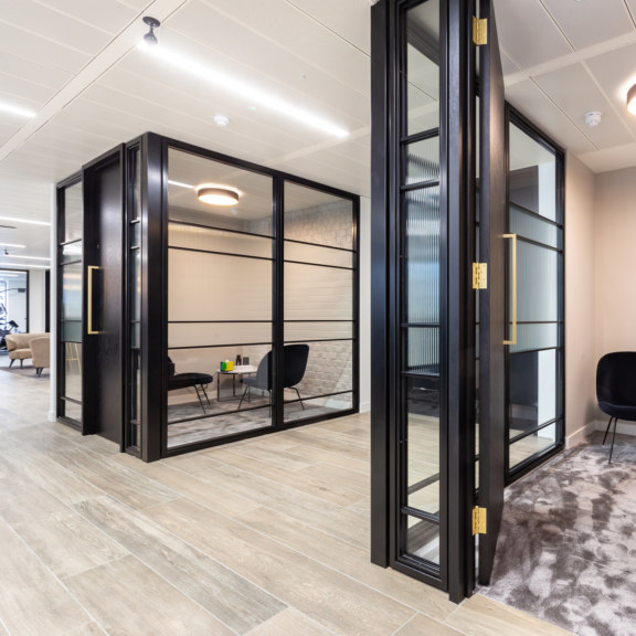 meeting-rooms-design-and-build4