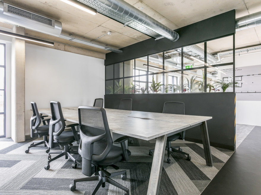 workspace-design-by-oktra-for-aitch-group_2640x1980_acf_cropped