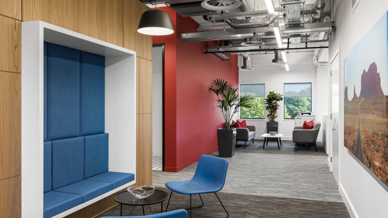 Cat B office fit out, agile area